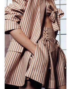 Up Close: Painted Heart Blazer, Bow Bodice and Short in blossom stripe linen from Resort Ready-to-Wear 18 Collection. #paintedheart #resortrtw18 #zimmermann