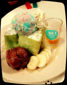 Honey toast and rainbow chocolate ice-cream