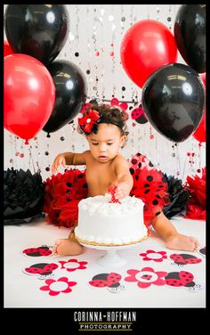birthday cake decorating ideas for adults - happy birthday cake Ladybug Smash Cakes, Smash Cake Girl, Baby Girl Cakes, Baby Birthday Cakes, Bear Birthday, Baby Girl Birthday, Cake Baby, Frozen Birthday, 2nd Birthday