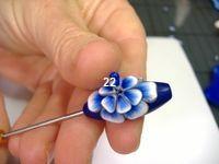 layered petal bead tut