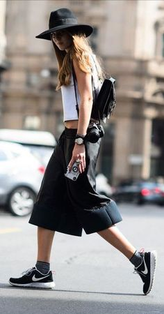 #street #style black and white + leather skirt @wachabuy