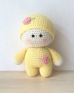 Smoozle baby doll from Germany.  no pattern available but so cute!