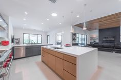Contemporary kitchen at Sherwood Country Club > Link In Bio < . . . #luxuryrealestate #visitcalifornia #architecture #westlakevillage #luxurylifestyle #california #southerncalifornia #thousandoaks #homeadore #BookOfDesign #fineinteriors #archilovers #architecturalporn #architecturephotography @archdigest #sherwoodrealestate #sherwoodcountryclub #lakesherwood #golfcourse #homes #realestate #socal #love #picoftheday #design #bestoftheday #spring #contemporary