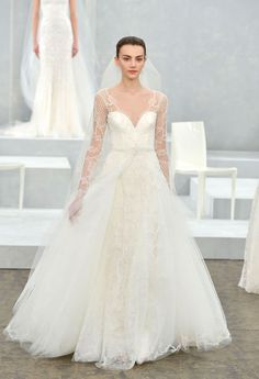 This long-sleeve lace sweetheart gown is SO stunning. From the Monique Lhuillier spring 2015 bridal collection.