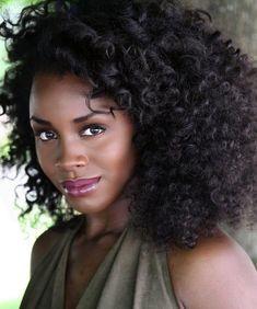 Deborah Ayorinde DSW - Dark Skin Women ❤ To submit to our blog visit: http://dswsubmit.tumblr.com/submit To share your picutues on Instagram @darkskinfwomen & tag #DSW #darkskinwomen :)