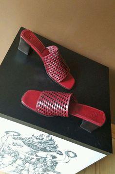 Cole Haan dark red Spring/Summer sandals Sz 8.5 B  #ColeHaan #OpenToe