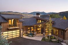 Contemporary Mountain Retreat-Studio 80 Interior Design-01-1 Kindesign