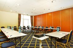 Eines der Konferenz- & Seminarräume / One of the conference and seminar rooms | H+ Hotel Hannover