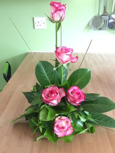 Classic roses for a pink and green party 2019 Classic roses for a pink and green party The post Classic roses for a pink and green party 2019 appeared first on Flowers Decor. Valentine Flower Arrangements, Tropical Flower Arrangements, Flower Arrangement Designs, Funeral Flower Arrangements, Rose Arrangements, Beautiful Flower Arrangements, Funeral Flowers, Exotic Flowers, Beautiful Flowers