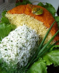 Delicious salad on holiday table! Appetizer Salads, Healthy Appetizers, Appetizer Recipes, Meat Recipes, Salad Recipes, Cooking Recipes, Cooking Food, Top Salad Recipe, Cuisine Diverse