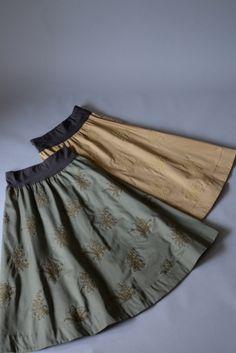 M71804 チノ スズラン刺繍スカート|日本製やフランス製の上質なレース Onlineshop|原宿レース専門店 THE LACE CENTER harajuku #miyaco #embroidery #fashion #すずらん