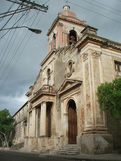 Iglesia de San Francisco, Calle San Francisco esquita Mariano Corona, Santiago de Cuba