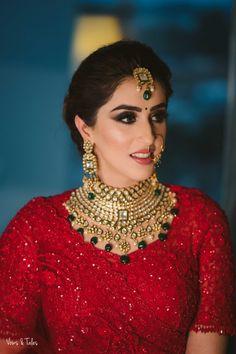 Bridal Makeup Looks, Indian Bridal Makeup, Bride Makeup, Engagement Dress For Groom, Wedding Attire, Bridal Poses, Bridal Photoshoot, Wedding Lehenga Designs, Bridal Lehenga Collection