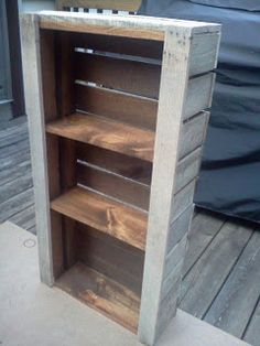 Bookcase Made From Pallets  ----   #palllets   ---  <3