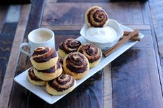 Cinnabun cookies - Low Carb - If you find dough a bit too sticky add a couple of teaspoons almond meal for easier roll-out - Per Roll with frosting 0.8 carbs