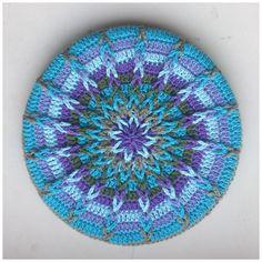 Ravelry: Crochet Mandela Pot Coaster pattern by Atty van Norel link to free crochet tutorial / pattern Crochet Potholders, Crochet Squares, Crochet Doilies, Crochet Stitches, Granny Squares, Love Crochet, Knit Crochet, Beautiful Crochet, Ravelry Crochet