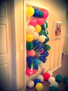 Balloon birthday surprise!:) Maddie will LOVE this! (I hope haha) Shes on a balloon kick right now.