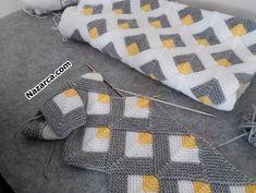 KIRKYAMA ŞİŞ ÖRGÜ BATTANİYE VE YATAK ÖRTÜSÜ ÖRGÜ   Nazarca.com Crochet Square Patterns, Crochet Blanket Patterns, Baby Knitting Patterns, Knitting Stitches, Crochet Designs, Knitted Baby Blankets, Stuffed Toys Patterns, Crochet Clothes, Needlework