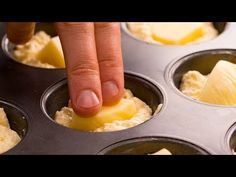 20 perc és a legpuhább muffin kész is! Muffins, Snacks, Mole, Biscotti, Good Food, Eggs, Pudding, Breakfast, Sweet