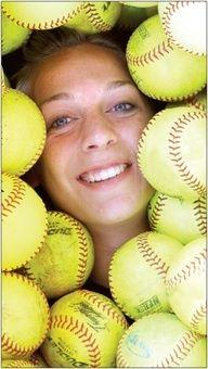 Cute idea for softball picture