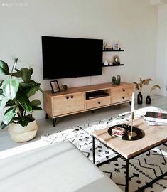 Indian Home Interior, Modern Home Interior Design, Home Design Decor, Living Room Update, Home Living Room, Living Room Decor, Living Room Tv Unit Designs, Concept Home, Home Decor Inspiration