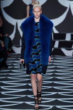 Diane Von Furstenberg fw 2014, wrap rules   READ: http://fashionrunnerpoint.com/diane-von-furstenberg-fw-2014/