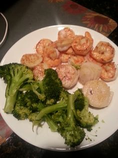 Old bay shrimp and scallops and some green shit