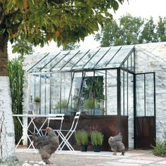 Serres on pinterest greenhouses conservatory and green - Serre maison du monde ...