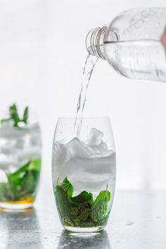 Seltzer water, maple and vodka with fresh mint make refreshing paleo cocktails