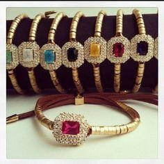 Amanhecemos poderosas com mais pulseiras lindas!!! Click2fashion Acessórios.