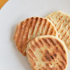 flatbread with Rhodes frozen Dinner Rolls and a panini press Rhodes Dinner Rolls, Rhodes Rolls, Bread Dough Recipe, Naan Recipe, Rhodes Bread, Frozen Dinner Rolls, Frozen Bread Dough, Recipe Using, Recipe Box