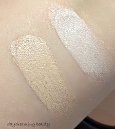 Victoria Jackson foundation duo compact swatches in light