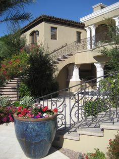 outdoor metal railing with flower design ideas urn flowers stairs mediterranean landscape big house of Stunning Outdoor Metal Railing with Flower Design Ideas to Try Exterior Paint Colors, Exterior House Colors, Exterior Design, Grey Exterior, Paint Colours, Balcony Railing, Iron Balcony, Stair Railing, Exterior Stairs