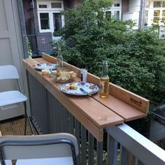 Outdoor dining with the balcony bar on a small balcony - leila - Dekoration - Balcony Furniture Design Outdoor Dining, Outdoor Tables, Outdoor Decor, Outdoor Balcony, Patio Dining, Ikea Outdoor, Dining Table, Outdoor Ideas, Dining Area