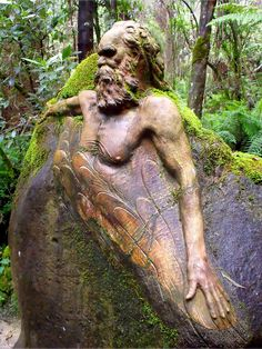 green - sacred places - The William Ricketts Sanctuary Olinda, Dandenong Ranges, Victoria, Australia Places To See, Places To Travel, Beautiful World, Beautiful Places, Art Sculpture, Australia Travel, Melbourne Australia, Aboriginal Art, Green Man