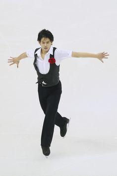 Takahiko Kozuka Photos: 2015 Shanghai World Figure Skating Championships - Day 3