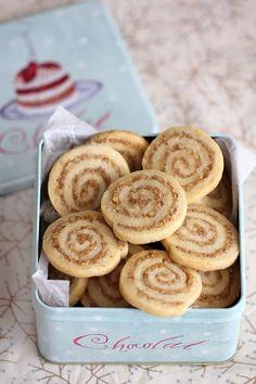 פיית העוגיות: עוגיות ספירלה אגוזים וקינמון