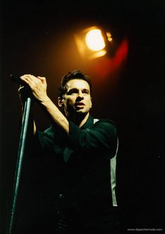 Dave Gahan - The Singles Tour 1998 (photo by M. Olexova)