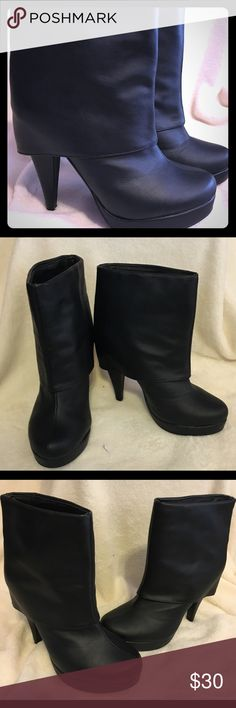 Women's 7.5 Maurice's Emma black ankle boots Women's 7.5 Maurice's Emma black ankle boots Worn once- excellent condition Smoke and pet free home Maurices Shoes Ankle Boots & Booties