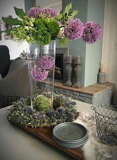 Modern Flower Arrangements, Church Flowers, Ikebana, Orchids, Floral Design, Centerpieces, Creations, Home And Garden, Glass