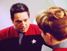 Janeway and Chakotay - janeway-chakotay Photo Robert Beltran, Cast Images, Captain Janeway, Kate Mulgrew, Star Trek Voyager, Otp, Backgrounds, Fan Art, Stars