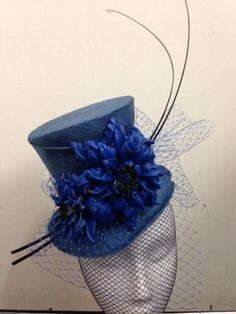 Mini top hat BY SHERILEE HONNERY #millinery #hats #HatAcademy