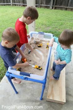 pvc pipe projects for kids water Kids Water Table, Sand And Water Table, Water Tables, Pipe Diy Projects, Projects For Kids, Kinetic Sand Table, Pvc Backdrop, Backyard For Kids, Backyard Games