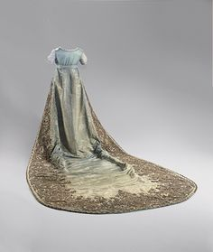 Robe de Cour of Queen Consort Luise of Prussia: ca. 1805, silk moire, elaborate embroidery in metal, sequins, lamé.
