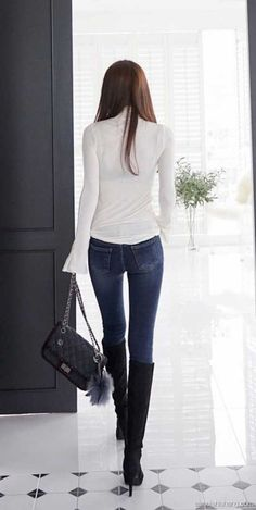 Tights And Boots, Tights Outfit, Sexy Boots, Jeans And Boots, Love Jeans, Jeans Style, Denim Fashion, Womens Fashion, Fall Skirts