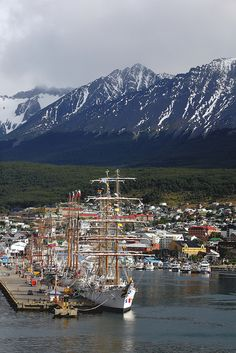 The southernmost town of the planet, Ushuaia, Argentina (by AdjaFong)