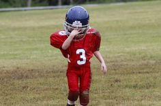 Using magnets in football helmets may create a braking system that slows players heads before they collide, leading to fewer injuries. University Of North Texas, Things That Bounce, Good Things, Youth Football, Making Mistakes, Michael Jordan, Kids And Parenting, Cool Places To Visit, A Team