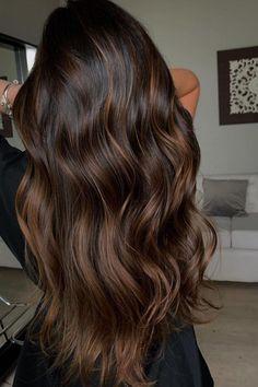 Balyage Long Hair, Dark Brunette Balayage Hair, Balayage Straight Hair, Balayage Hair Caramel, Hair Color Balayage, Brunette Caramel Highlights, Balyage Caramel, Full Balayage, Dark Brown Balayage