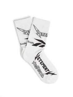 VETEMENTS X Reebok Edition Metal cotton-blend socks. #vetements #cloth #socks