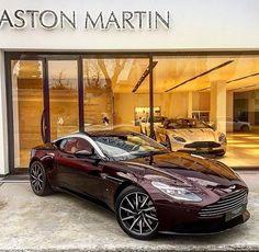 Fotoğraf : @astonmartinturkey Aston Martin Db11